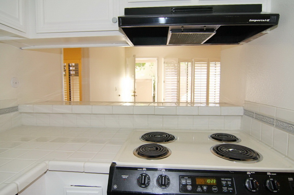 Kitchen Range and Bar at 3000 Asscoated Rd. Unit 53