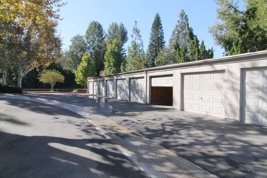 1 Car Garage Location at 3000 Asscoated Rd. Unit 53