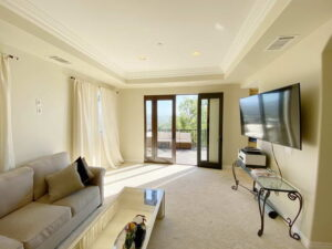 Long View Of Family Room of Ocean Of San Clemente Ocean View Home For Lease