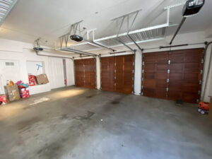 Inside of 3 Car Garage Home For Lease