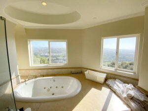 Master Bath Spa Tub of Ocean Of San Clemente Ocean View Home For Lease